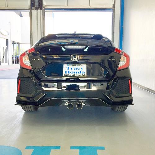 2018 Honda Civic Sport Hatchback Photo