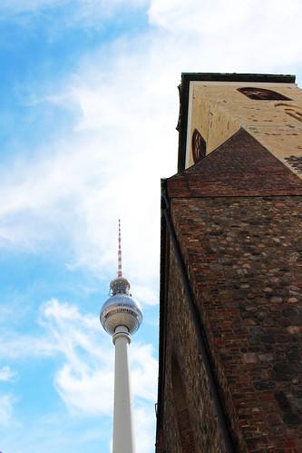 Berlin modernité X ancien | by blondgarden