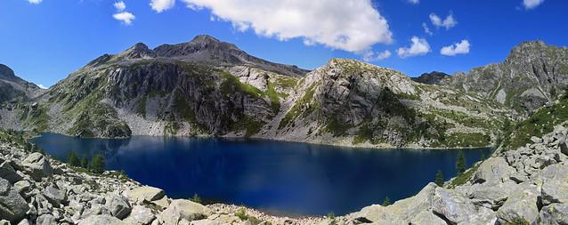 Lago della Crosa superiore, Val Calnègia. Valle Maggia, Canton Ticino, Svizzera