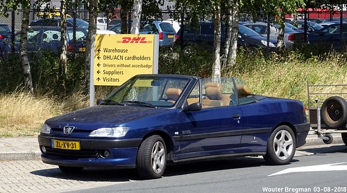 Peugeot 306 cabriolet Palm Beach 1999 | by XBXG