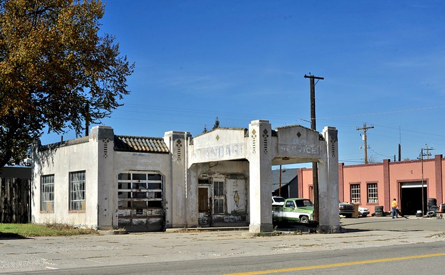 Abandoned Standard Oil Gas Station - Walsenburg,Colorado