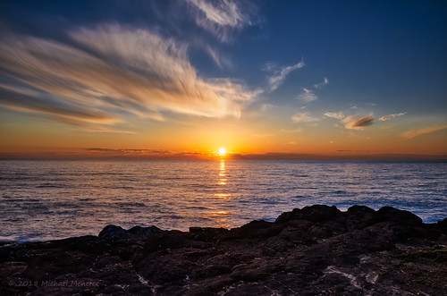 or oregon nature landscape sunset dusk skyscape beachscape beach ocean pacific coast boilerbay bay water sky orange blue sun michaelmenefee menefee