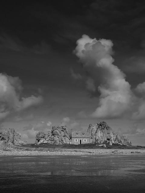 ¤ Das Haus zwischen den Felsen   Bretagne   FRANCE
