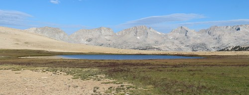 0975 High lake at 11400 feet elevation in the Bighorn Plateau, south of Tawny Point, on the John Muir Trail   by _JFR_