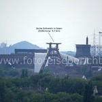 Von der Halde Rheinelbe aus kann man bei guter Fernsicht das UNESCO-Welterbe Zollferein und sogar den Wasserturm in Oberhausen sehen