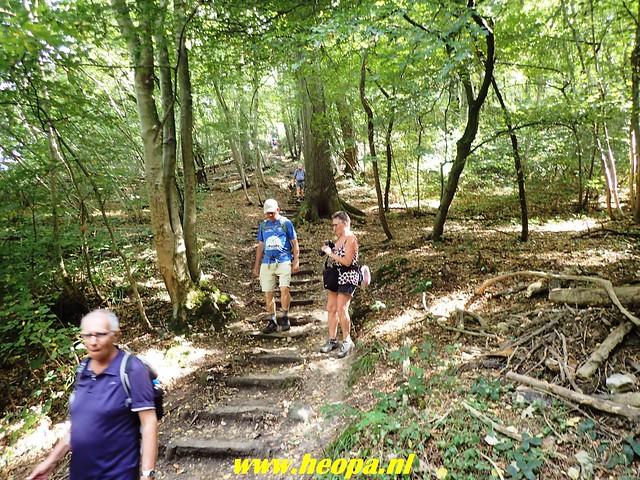 2018-08-12          4e dag           Heuvelland          28 Km (77)