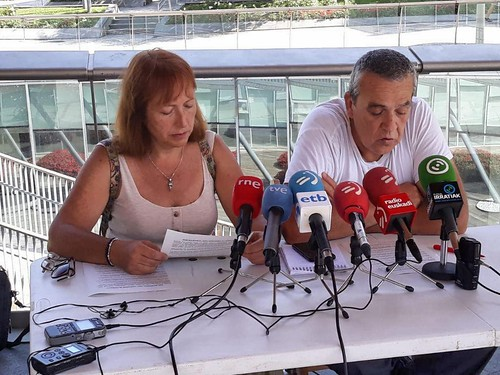 Rueda prensa   by Angula Berria