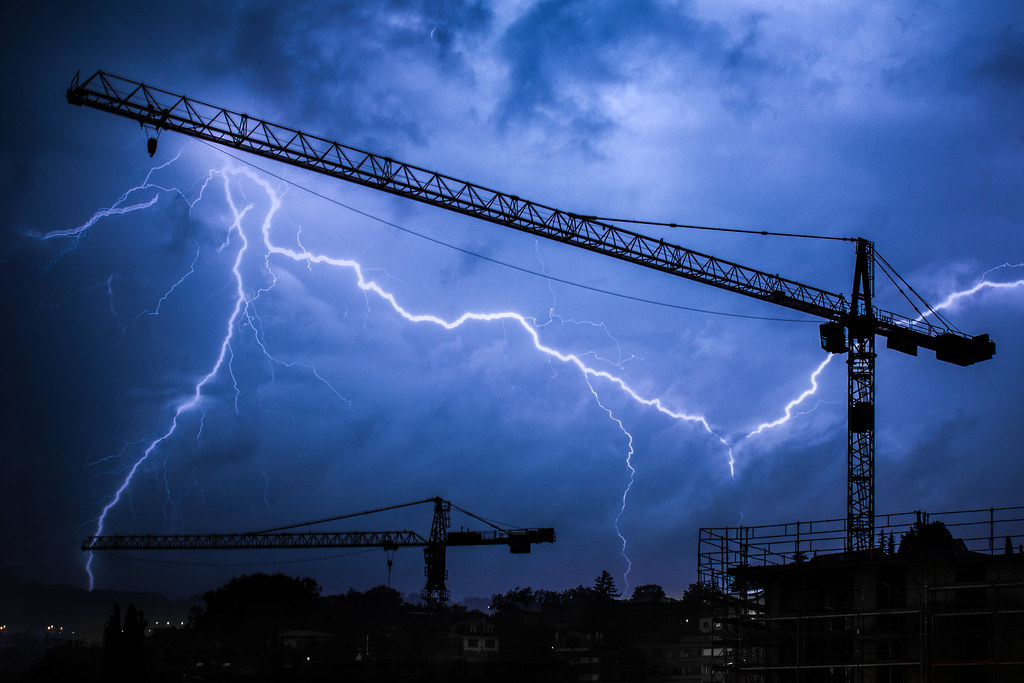 Cranes ride the lightning