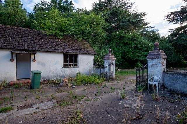 The Swan House