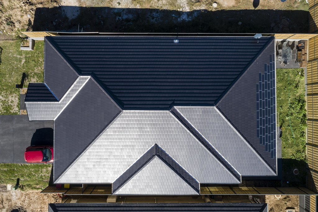 Bristile Solar Roof Tiles - Mirvac Project, Gledswood NSW (6)