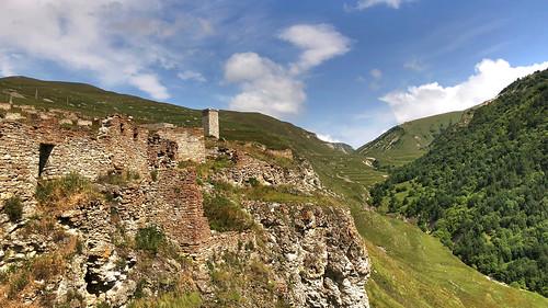 youngpioneertours chechnya village ruins mountains caucasus tour prohdr