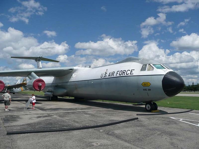 Lockheed C-141C Starlifter 2