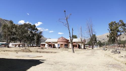 abandoned ghosttown fabrica marangani sicuani peru 2018 abandonado ghost city pueblo town village verlassen cusco cuzco palace verfallen lost