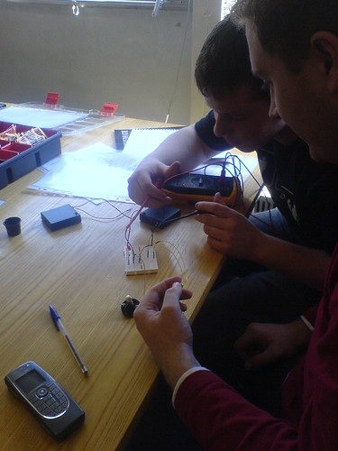 Testing diodes and transistors | by m0dlx