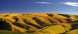 Strath Taieri in Early Autumn | by _setev