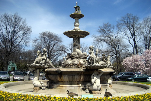 NYC - Bronx - Bronx Zoo: Rockefeller Fountain | by wallyg