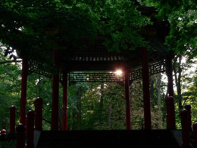 Kalisz City Park. Chinese Style Pavilion 2 中国風のパヴィリオン
