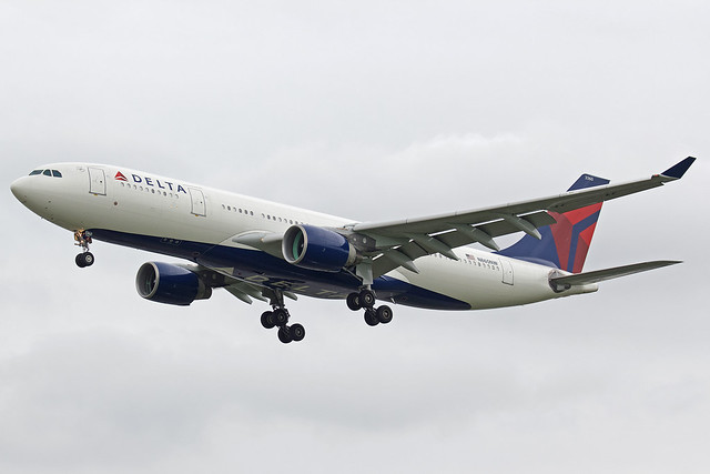 Delta Air Lines Airbus A330-223 N860NW