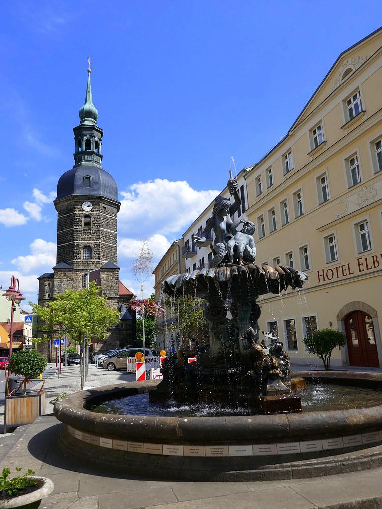 Bad Schandau   St.-Johannis-Kirche und Sendigbrunnen
