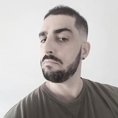 He ido a una peluquería puertoriqueña de mi nuevo barrio y me he dejado hacer., August 24, 2018 at 08:34PM