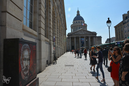 Illustres! C215 autour du Pantheon | by Butterfly Art News