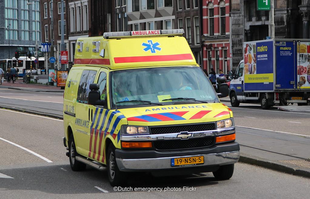 Dutch Ambulance Chevrolet Express Van Brand Chevrolet Mod Flickr