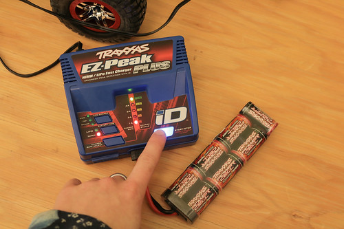 Traxxas battery charging