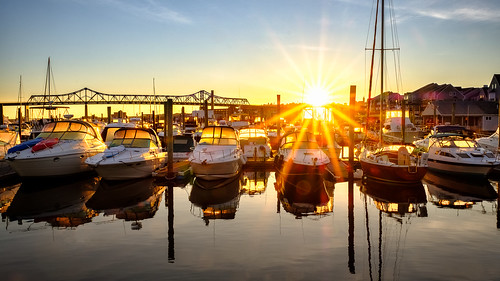bragabridge blm sunrise fallriverma bordenlightmarina xh1 fuji boats