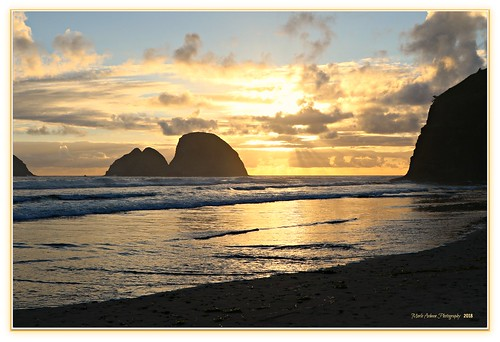 sunset clouds nature water waterscape landscape archrocks rockformations beach ocean pacificocean oceanside oregon reflection tide sand canon picmonkey