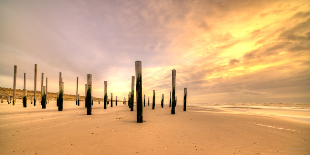 Static pillars.