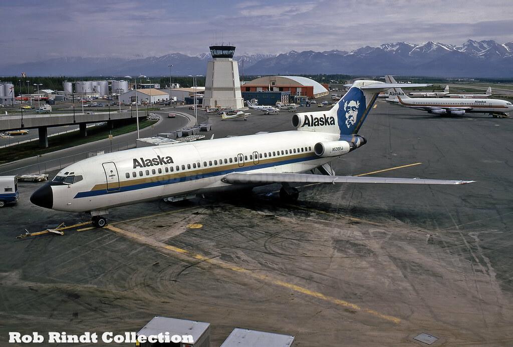 Alaska Airlines B727-155C N530EJ