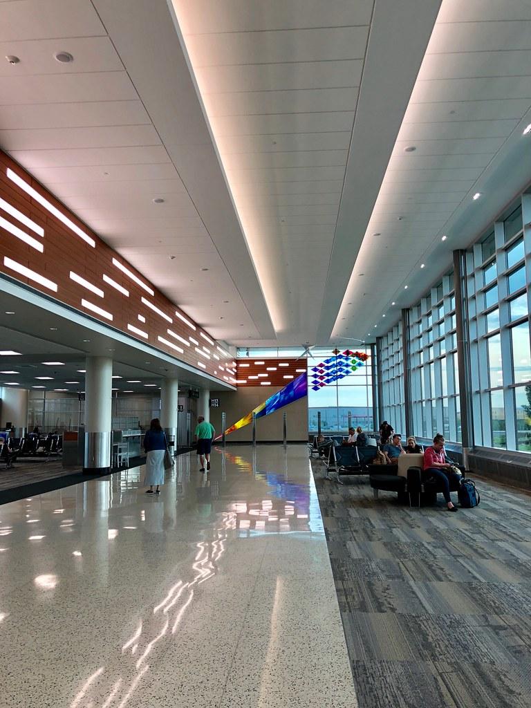 Terminal 2, MSP Airport  | Minneapolis, 6:30AM  | Melinda
