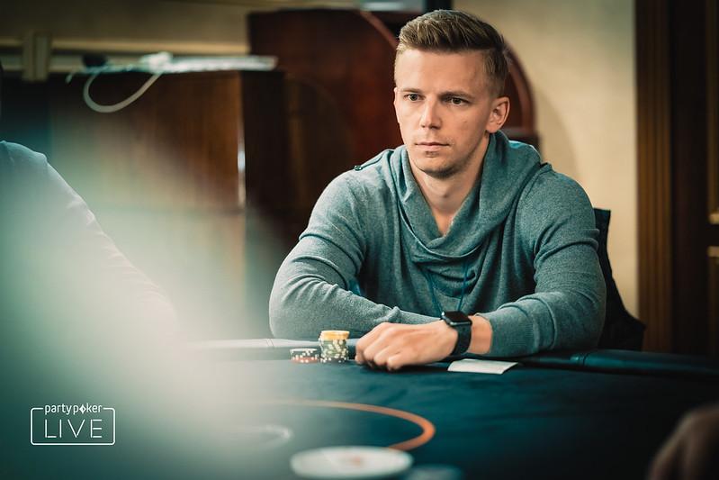 Смотреть онлайн казино в hd дом покера смотреть онлайн 2007