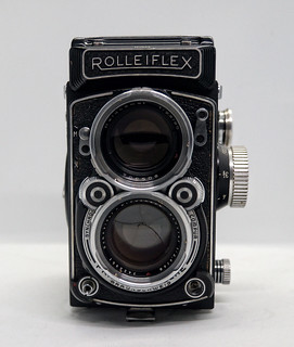 Rolleiflex 2.8c | by TAZMPictures