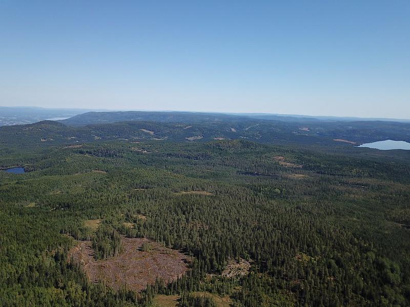 08-Utsikt mot Dypningskollen fra Snaukollen (drone)