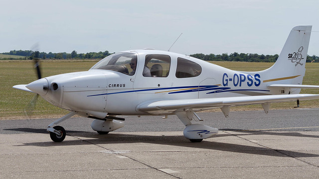 Private Cirrus SR20 G2 G-OPSS