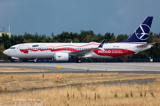 SP-LVD LOT - Polish Airlines Boeing 737-8 MAX - Proud of Poland's Independence livery (FRA - EDDF - Frankfurt)