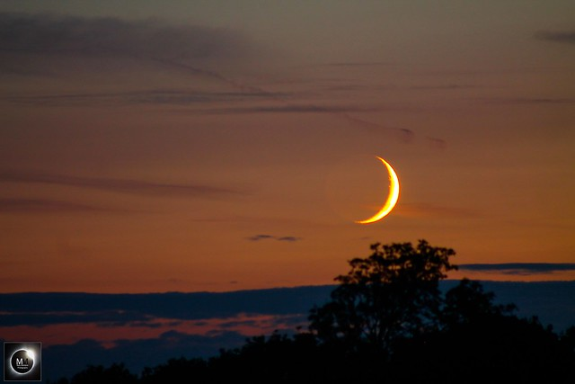 2 Day Old Waxing Crescent Moon Setting 15/07/18