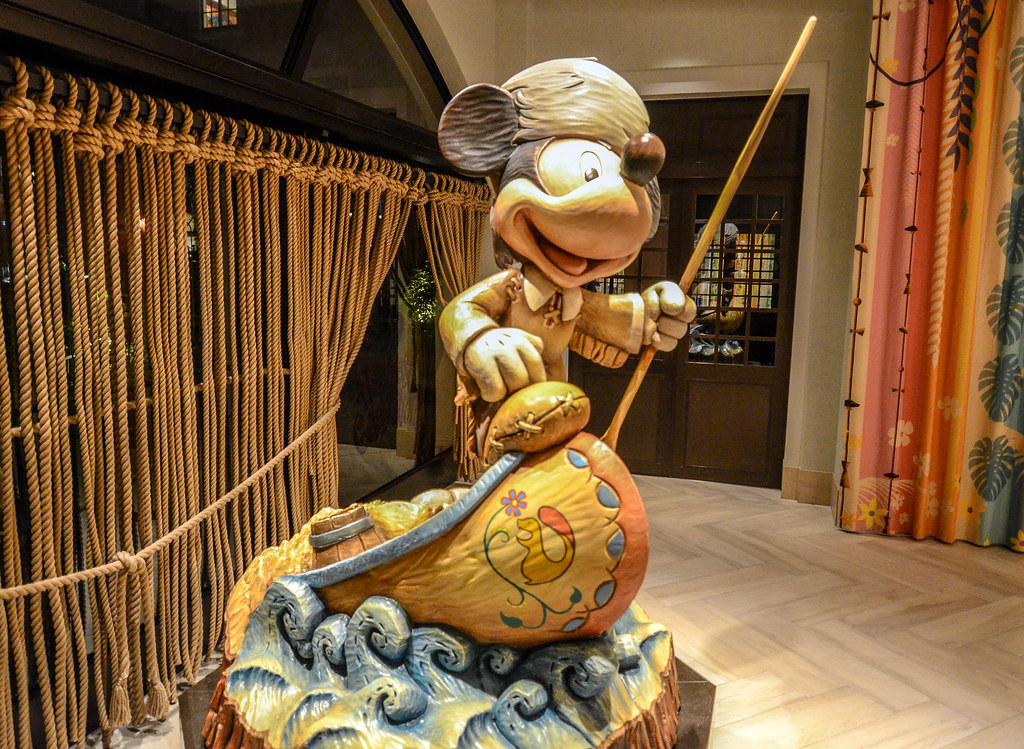 Mickey canoe Celebration Hotel