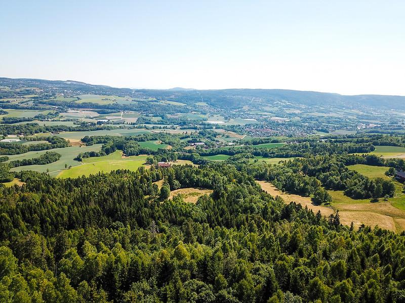 01-Utsikt mot Lierbyen fra Grindene (drone)