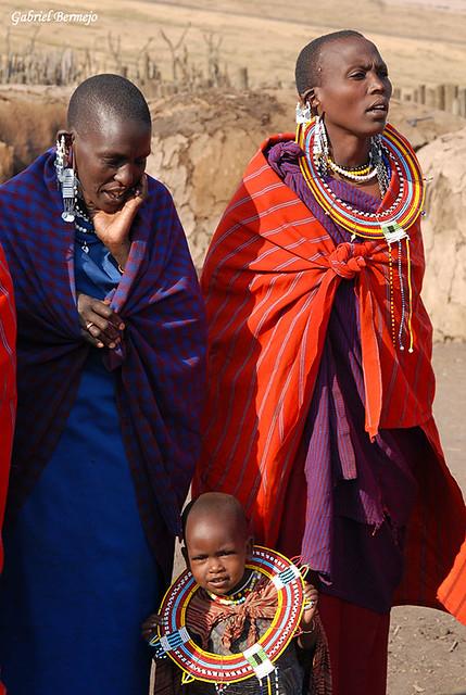 Mujeres y niña masai - Tanzania