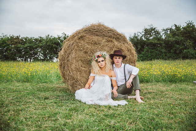Styled shoots_Moo Meadow_Red Floral Design_Sarita White Photography