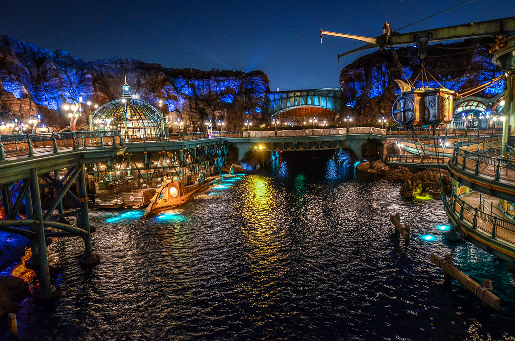 Mysterious Island night lift and bridge TDS