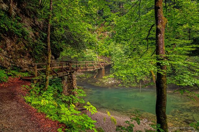 Mostić preko Kamačnika