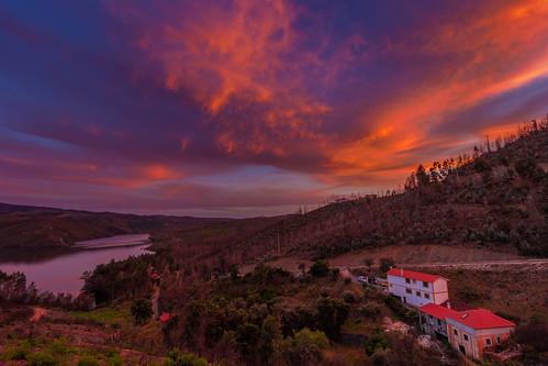 sunset portugal central pinhal interior zêzere pampilhosa da serra vilar amoreira landscape nature clouds lake albufeira cabril