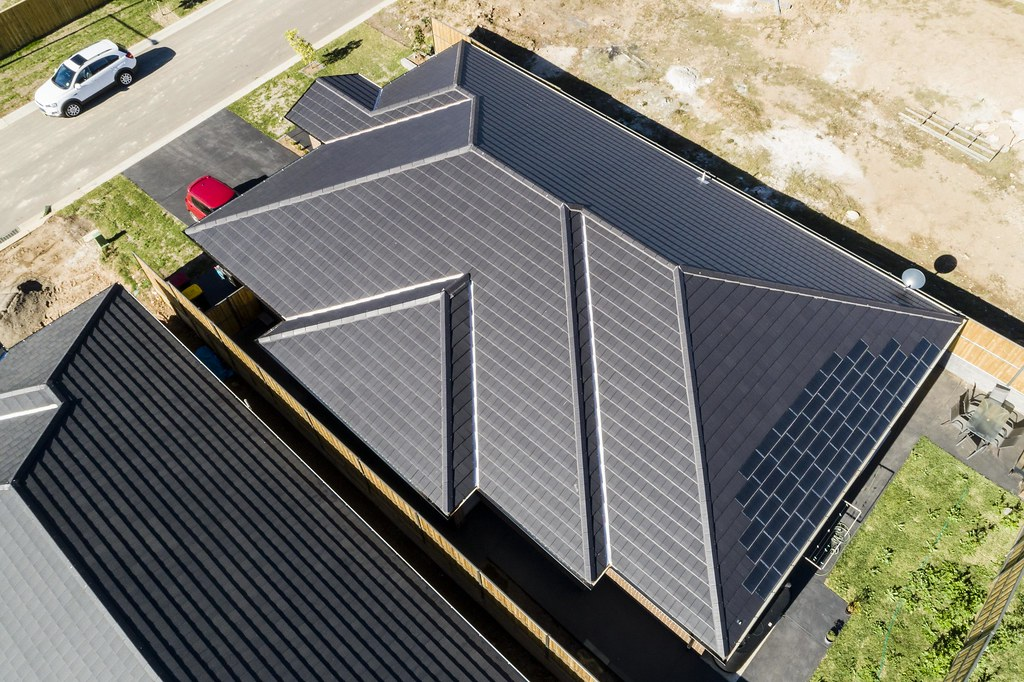 Bristile Solar Roof Tiles - Mirvac Project, Gledswood NSW (10)