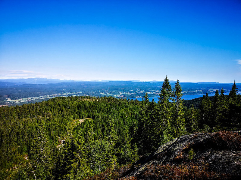 07-Utsikt mot Holleia fra Vestre Gudbrandstjernsåsen