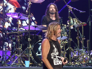 Foo Fighters Dave Grohl Nate Mendel Pat Smear Taylor