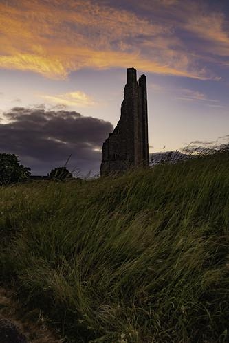 trim castle history ireland meath ancient east boyne fujifilm fuji xt20 1855mm sunset forground grass clouds landscape