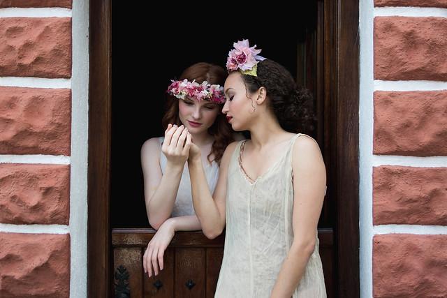 Isabella & Melissa